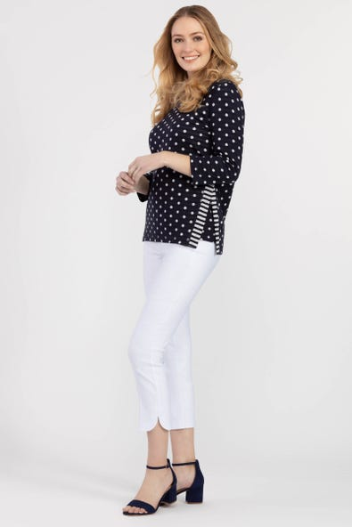 REVERSIBLE PATTERNED TOP