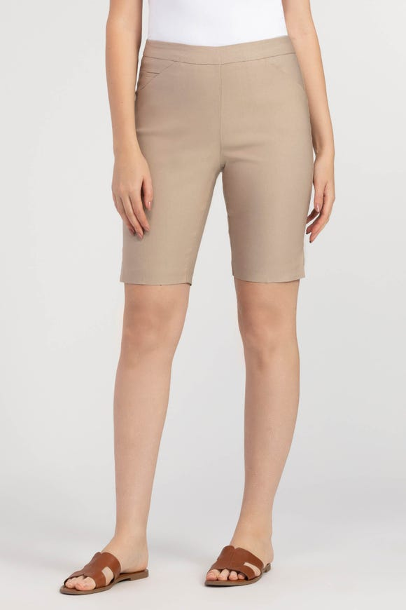 PULL-ON STRETCH SHORT