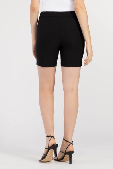 FLATTEN IT® PULL-ON SHORT