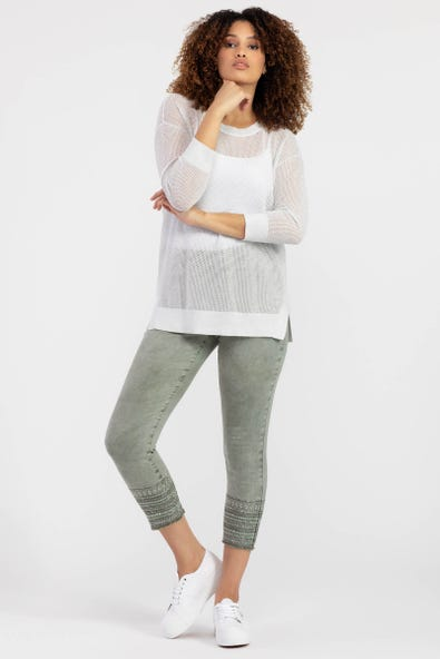 EMBROIDERED PULL-ON JEGGING