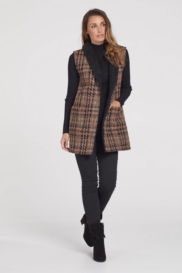 BOUCLÉ TWEED SHAWL COLLAR VEST