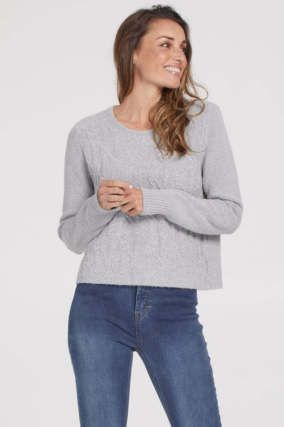 CABLE FRONT SWEATER WITH PEARLS
