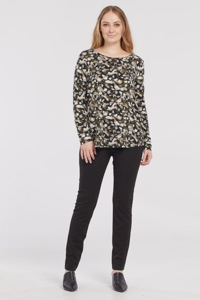 LONG SLEEVE TOP WITH BACK OPENING