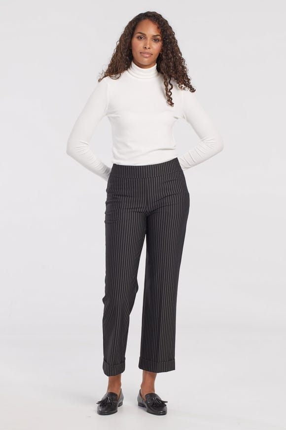 COMPRESSION KNIT WIDE LEG ANKLE PANT