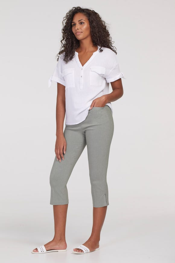 FLATTEN IT® HEATHERED PULL-ON CAPRI WITH TOPSTITCH