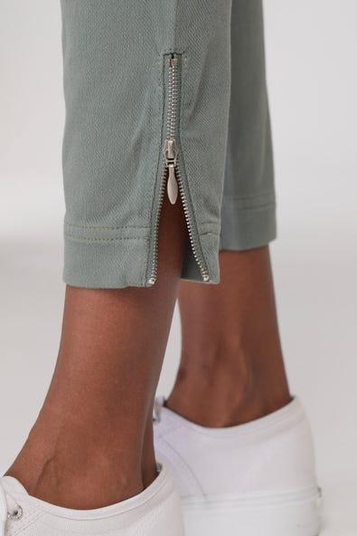 FLATTEN IT® PULL-ON LEGGING ZIP SIDE ZIP HEM