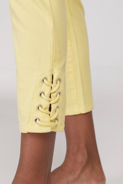 AUDREY  PULL ON CAPRI WITH SIDE DETAIL