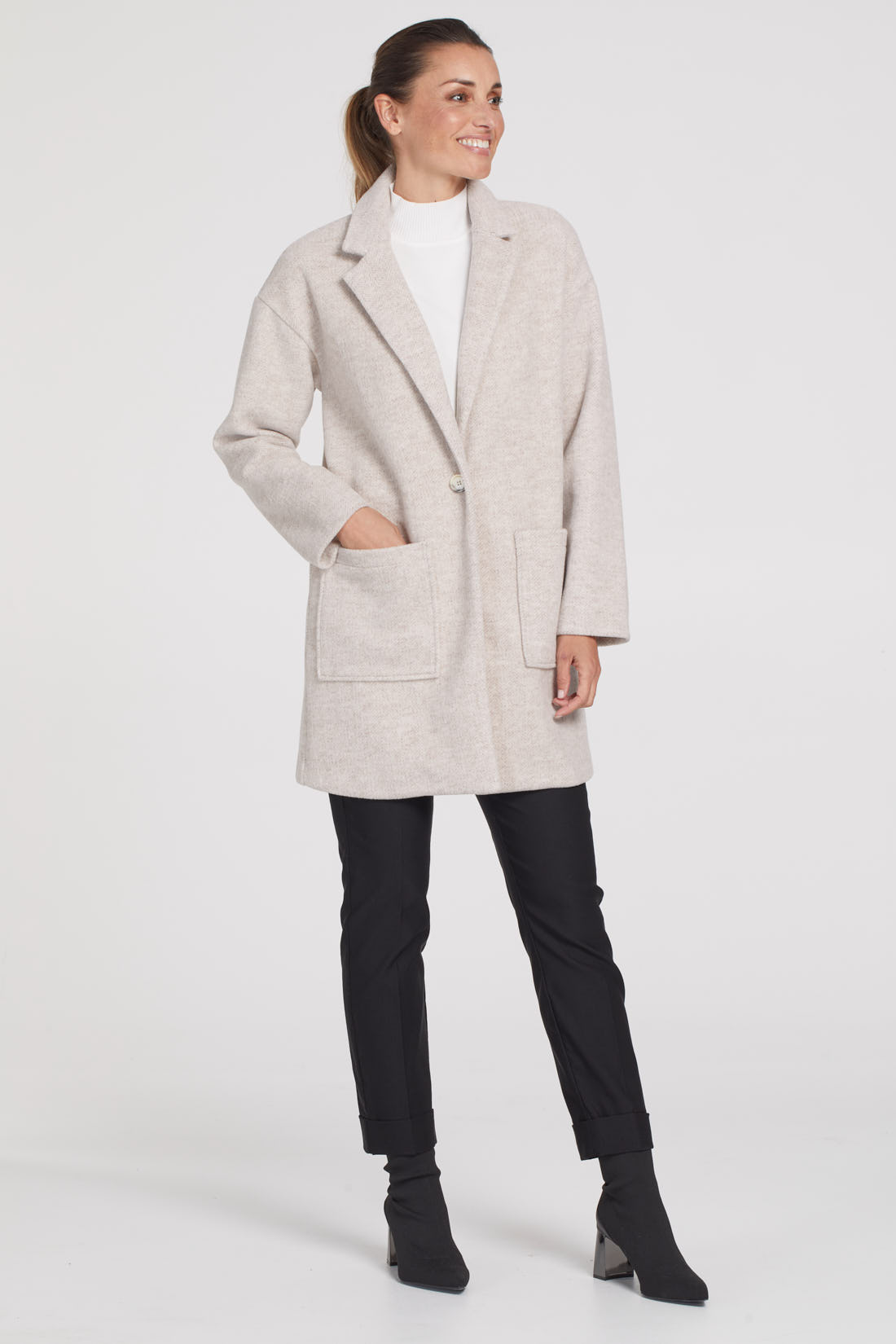 SOFT TOUCH NOTCH COLLAR COAT